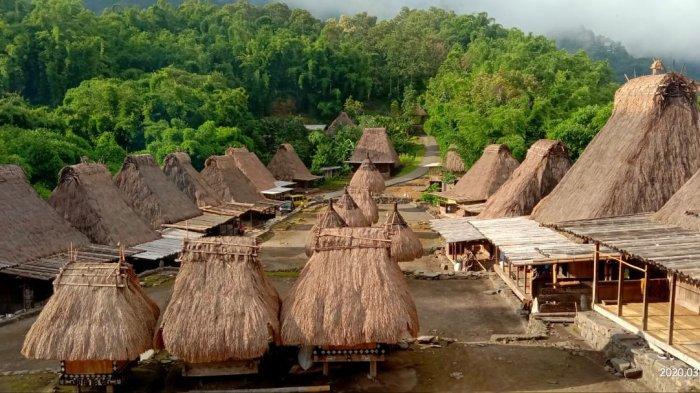 Desa Bena Nusa Tenggara Timur. Sumber : Google.com